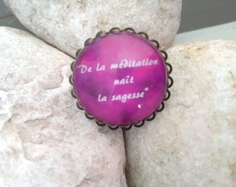 PHILOSOPHICAL CABOCHON RING.