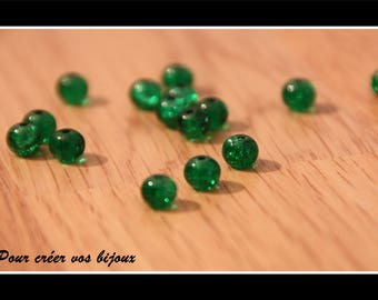 Set of 10 beads green 6mm crackled round glass bottle