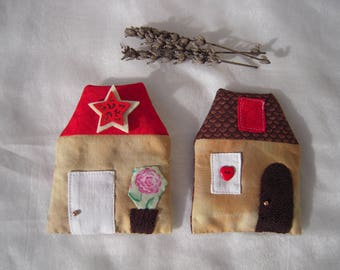"Set of two Lavender sachets ""houses"", shades of Brown and Red"