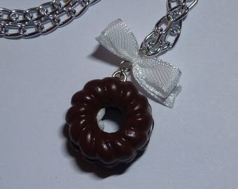 Twisted donuts choco and bow in polymer clay necklace