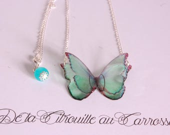 Butterfly Necklace 3D flying, sky blue