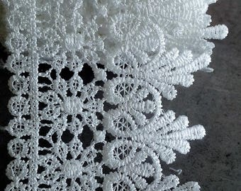 White cotton polyester lace