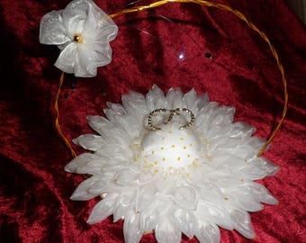for white flower wedding ring pillow
