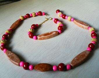 set (necklace and bracelet) colorful, summer (Brown and pink)