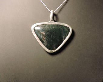 MOSS necklace with agate pendant pewter setting