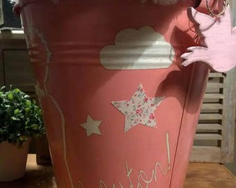 BUCKET FOR YOUR LITTLE PRINCESS ROOM