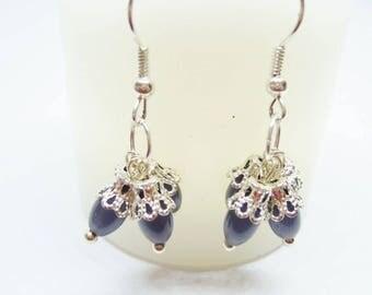 Cluster earrings gray oval beads