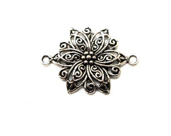 Large metal flower connector silver