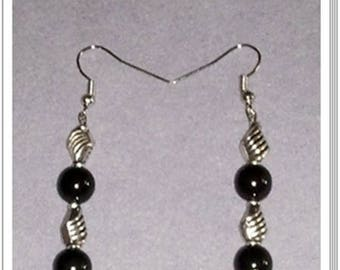 Earrings with metal beads