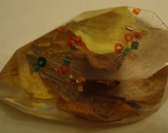 Teardrop Shaped Resin Magnet with a Geranium Flower Sparkly Beads