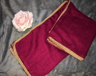Scarf Burgundy and gold border