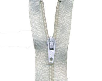 Zip up Nylon white C501
