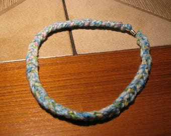 Braided, crocheted necklace