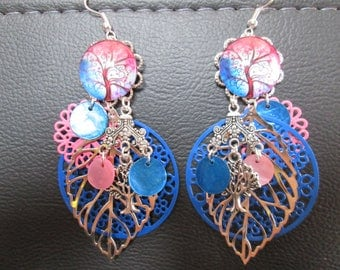 earrings and charms tree of life blue and pink prints