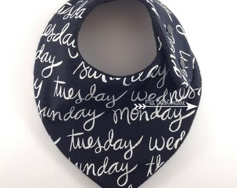 "Anti bavouille ""Days of the week"" bandana bib - Monochrome Collection"