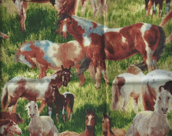 Tissu CHEVAUX Mustang ( coupon 55x30 cm ) 100% Coton Patch