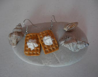 Waffle with whipped cream earrings