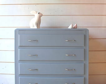 Years 60 grey four drawer dresser.