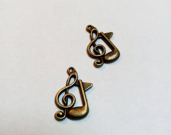 Bronze music note treble clef charm