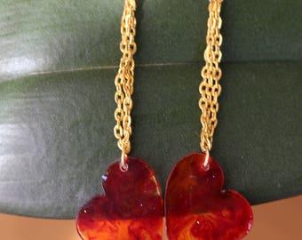 Resin heart and chain earrings