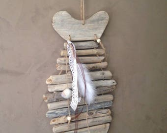 Fish in driftwood, pallet wood and lace