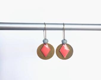 Elegant earrings, hammered antique enamel & Bronze! These unusual earrings earrings fancy Bohemian style