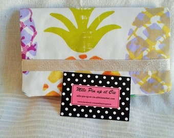 Pineapple cheque book