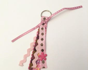 Small Keychain pink and Brown.