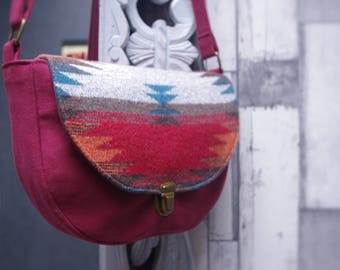 ethnic shoulder handbag