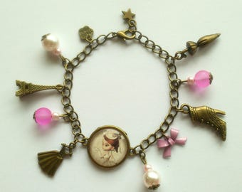 "Bronze charm bracelet ""little old woman with hat"""