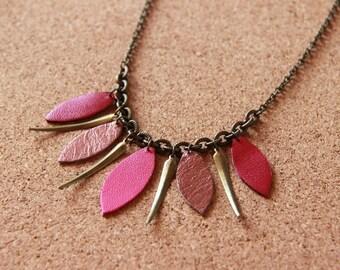 Necklace • ETNY • pink / Burgundy / bronze