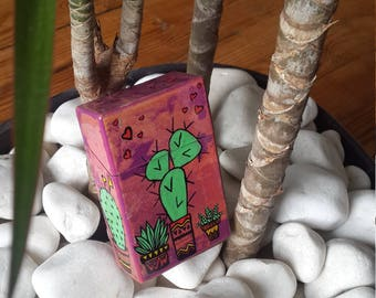 Love cacti, cigarette pack cover case, handmade, hand made, worn package, creation, original, cigarette case, idea, gift, gift
