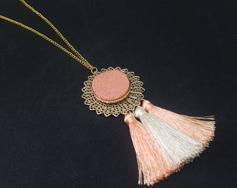 GABRIELA salmon bohemian necklace