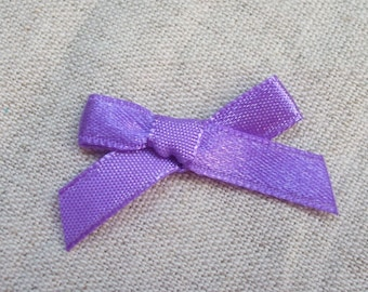 Set of 10 35 mm purple satin ribbons