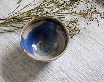 Handmade ceramic serving bowl, pottery dish, ceramic dish, tableware, swirly bowl, blue