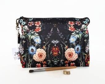 Black botanical dumpy wash bag,roomy bag,toiletries pouch,cosmetics pouch,large roomy washbag,large toiletry bag,dark florals,dark botanics.