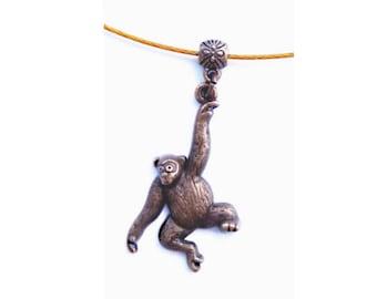 Monkey necklace bronze