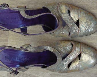 Vintage high heel sandals
