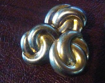 4 Large Swirl Buttons, Gold Knot Buttons. Square Shank Buttons. Large swirl buttons. Shape of Knot buttons