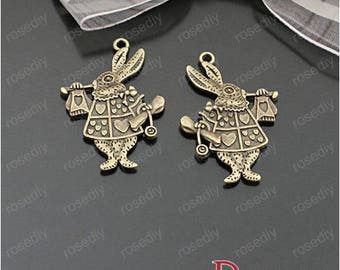 10 bronze 25 * 35 MM side D26405 rabbit trumpeter charms