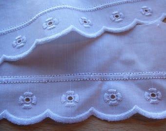 eyelet lace white 7 cm x 57 cm