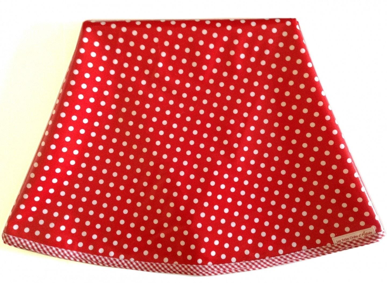 nappe ronde en toile cir e rouge a pois blanc 152cm. Black Bedroom Furniture Sets. Home Design Ideas