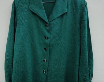 Emerald green vintage silky blouse. Textured finish