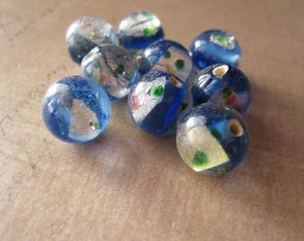 10 Blue Lagoon round beads 10mm flower inclusion