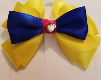 Snow White inspired bow.