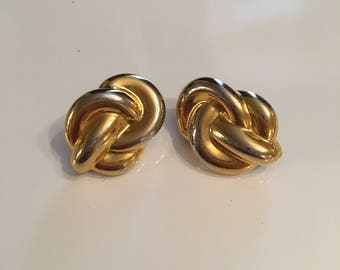 Vintage gold tone knot earrings