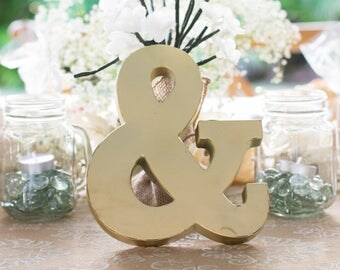 Ampersand (&) Sign