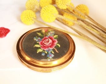 Powder Compact| Embroidery| Mid Century | Vintage Goodies Nice Gift For Her- free shipping
