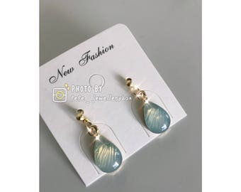 Handmad Raindrop shaped with Resin Earrings