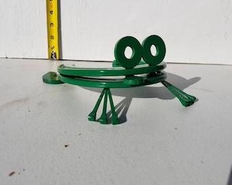 Green horseshoe frog